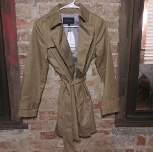 Brand new Banana Republic camel color trench coat